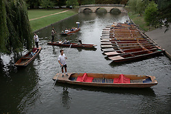 UK ENGLAND CAMBRIDGE 6SEP16 - Tourists and punters on the river Cam at Cambridge city centre.<br /> <br /> jre/Photo by Jiri Rezac<br /> <br /> © Jiri Rezac 2016