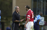 Peter Spurrier Sports  Photo.email pictures@rowingpics.com.Tel 44 (0) 7973 819 551.Nationwide Division 2 .Wycombe Wanders FC v Swindon Town FC..27-10-2001.1st Half..Neil (Razor) Ruddock discussing a point with referee K Stretton.