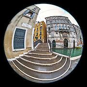 November 29~December 2, 2014  •  Venice, Italy  •  new images for 'aRound Venice'  •  Ponte de le Bande near Piazza San Marco