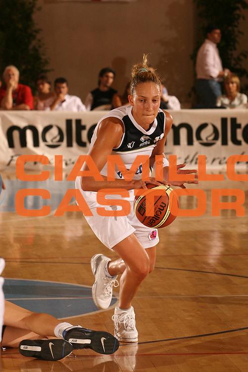 DESCRIZIONE : Cagliari Lega A1 Femminile 2006-07 Prima Giornata Virtus Viterbo Germano Zama Faenza <br /> GIOCATORE : Ajanovic Ines<br /> SQUADRA : Virtus Viterbo <br /> EVENTO : Campionato Lega A1 2006-2007 <br /> GARA : Virtus Viterbo Germano Zama Faenza <br /> DATA : 08/10/2006 <br /> CATEGORIA : <br /> SPORT : Pallacanestro <br /> AUTORE : Agenzia Ciamillo-Castoria/S.D'Errico