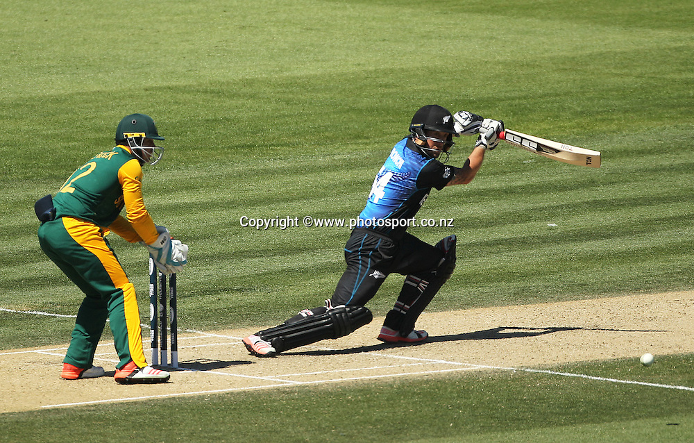 Luke Ronchi of New Zealand batting with Quinton de Kock at wicket keeper for South Africa during the ICC Cricket World Cup warm up game between New Zealand v South Africa at Hagley Oval, Christchurch. 11 February 2015 Photo: Joseph Johnson / www.photosport.co.nz