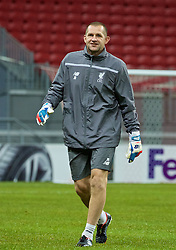 KAZAN, RUSSIA - Wednesday, November 4, 2015: Liverpool's goalkeeping coach John Achterberg training at the Kazan Arena ahead of the UEFA Europa League Group Stage Group B match against FC Rubin Kazan. (Pic by Oleg Nikishin/Propaganda)