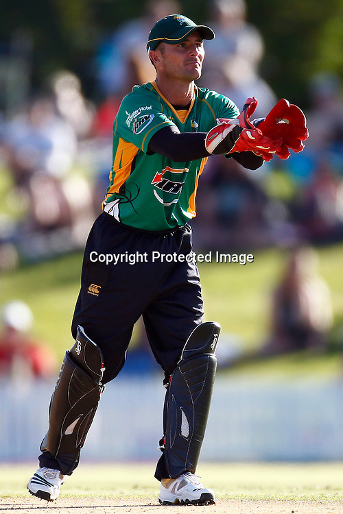 Keeper Kruger Van Wyk during the HRV Cup match between the Northern Knight v Central Stags. Men's domestic Twenty20 cricket. Blake Park, Mt Maunganui, New Zealand. Thursday 5 January 2012. Ella Brockelsby / photosport.co.nz