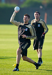 LIVERPOOL, ENGLAND - Monday, November 3, 2008: Liverpool's captain Steven Gerrard MBE during training at Melwood ahead of the UEFA Champions League Group D match against Club Atletico de Madrid. (Photo by David Rawcliffe/Propaganda)