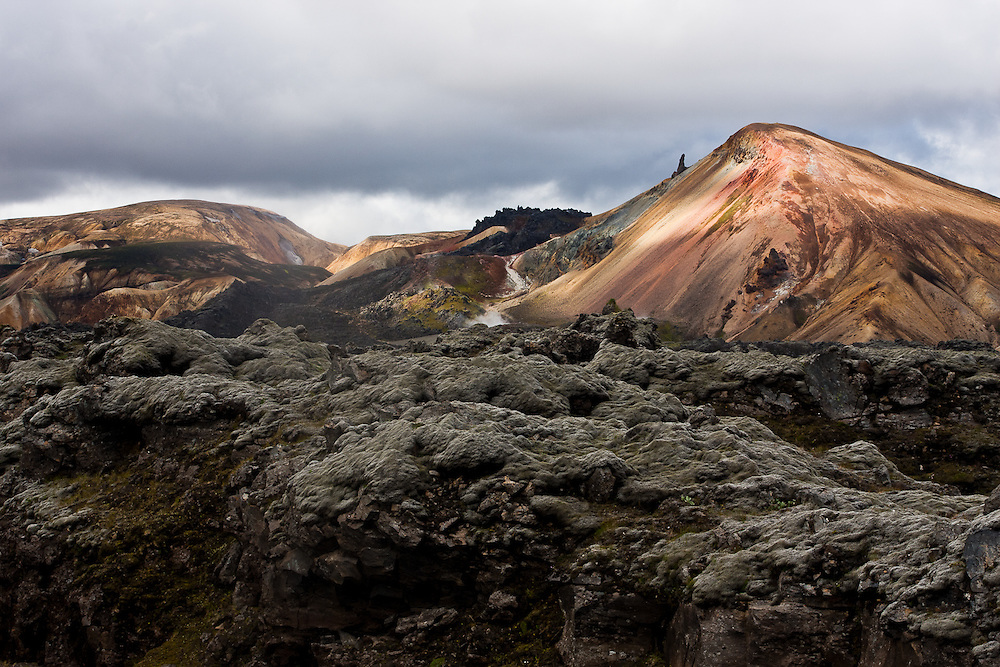 Brennisteinsalda (sulphur wave) Mountain, in Landmannalaugar is actually a volcano. On its colorful slopes it is possible to see sulphur springs
