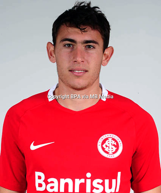 "Brazilian Football League Serie A / <br /> ( Sport Club Internacional ) - <br /> Yonatthan Nicolas Rak Barragan "" Yonatthan Rak """