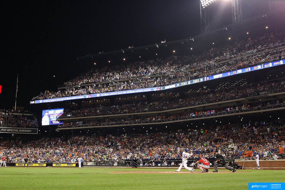 Daniel Murphy, New York Mets, hits a home run in the bottom of the third during the New York Mets Vs Washington Nationals MLB regular season baseball game at Citi Field, Queens, New York. USA. 2nd August 2015. Photo Tim Clayton