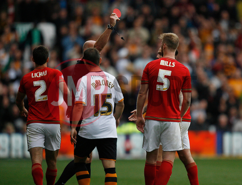 Matthew Mills of Nottingham Forest (2nd R) is sent off by Referee N Miller (C) - Mandatory byline: Jack Phillips / JMP - 07966386802 - 3/10/2015 - FOOTBALL - The City Ground - Nottingham, Nottinghamshire - Nottingham Forest v Hull City - Sky Bet Championship