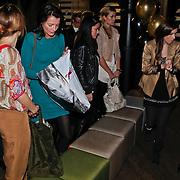 NLD/Amsterdam/20110214 - Onthulling nieuwe pump Chick Shoes ism I Love Fashion News, bezoekers wachtend op schoenen