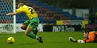 Photo: Aidan Ellis.<br /> Huddersfield Town v Swansea City. Coca Cola League 1. 30/12/2006.<br /> Huddersfield's keeper Matt Glennon brings down Swansea's Thomas Butler for the penalty