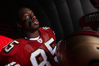 07 December 2008:  Tight end Vernon Davis of the San Francisco 49ers prepares to take the field against the New York Jets before the 49ers 24-14 victory over the Jets at Candlestick Park in San Francisco.