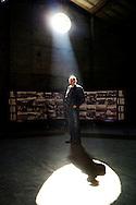 Bagnoli, Italia - 14 novembre 2011. Guglielmo Santoro, presidente del circolo ILVA. Il circolo, fondato nel 1909, è da sempre stato considerato dagli abitanti di Bagnoli come un punto di riferimento e centro di aggregazione. Al suo interno, i soci, circa 1900, possono svagarsi tra tante attività quali il tennis, canottaggio, ping pong , ginnastica e lotta libera..Ph. Roberto Salomone Ag. Controluce.ITALY - A portrait of Guglielmo Santoro, president of ILVA club in Bagnoli.