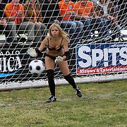 NLD/Amsterdam/20080518 - Opname strafschoppen EK Lingerie, team uit Rusland, keeper