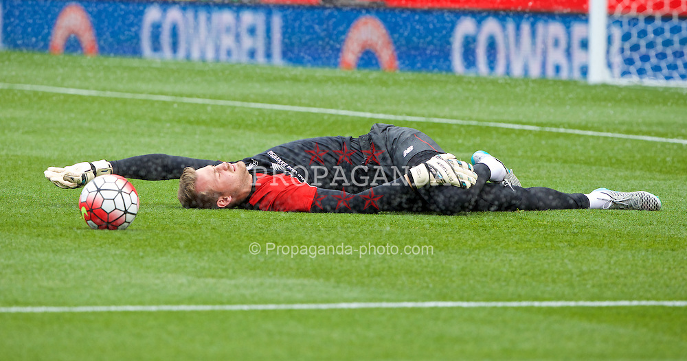 STOKE-ON-TRENT, ENGLAND - Sunday, August 9, 2015: Liverpool's goalkeeper Simon Mignolet warms-up before the Premier League match against Stoke City at the Britannia Stadium. (Pic by David Rawcliffe/Propaganda)