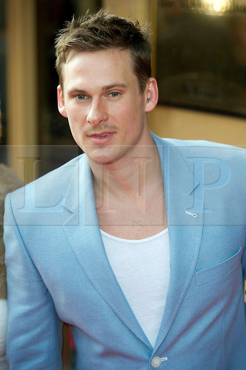 © Licensed to London News Pictures 09/02/2011 London, UK. .Lee Ryan rrives at the Waldorf Hotel, London for the seventh Tesco Mum of the Year Awards..Photo credit : Simon Jacobs/LNP