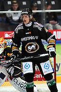 17.9.2014, Ritari Areena, Hämeenlinna.<br /> Jääkiekon SM-liiga 2014-15. Hämeenlinnan Pallokerho - Oulun Kärpät.<br /> Adam Masuhr - Kärpät