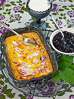 Motiv: Dessert Saffran<br /> Recept: Katarina Carlgren<br /> Fotograf: Thomas Carlgren<br /> Användningsrätt: Publ en gång<br /> Annan publicering kontakta fotografen