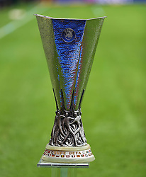 27.05.2015, Nationalstadion, Warschau, POL, UEFA EL, Dnjepr Dnjepropetrovsk vs FC Sevilla, Finale, im Bild PUCHAR TROFEUM LIGI EUROPEJSKIEJ UEFA // during the UEFA Europa League final match between Dnjepr Dnjepropetrovsk and FC Sevilla Nationalstadion in Warschau, Poland on 2015/05/27. EXPA Pictures &copy; 2015, PhotoCredit: EXPA/ Newspix/ MICHAL NOWAK<br /> <br /> *****ATTENTION - for AUT, SLO, CRO, SRB, BIH, MAZ, TUR, SUI, SWE only*****
