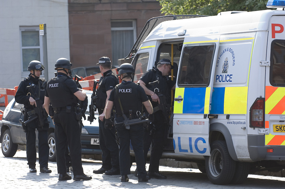 Midlothian Police  incident scene in residential area of Edinburgh, Scotland<br />