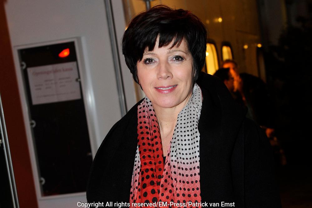 Premiere van de muziekkomedie Little Voice in het oude Luxor Theater, Rotterdam.<br /> <br /> Op de foto: <br /> <br />  Janke Dekker