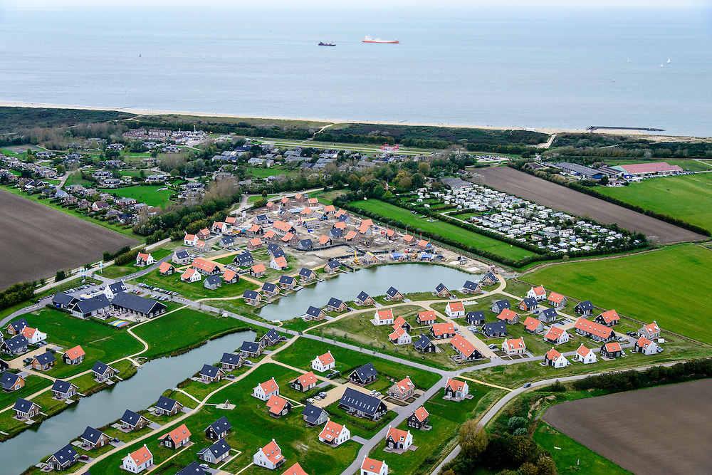 Nederland, Zeeland, Zeeuws-Vlaanderen, 19-10-2014; Cadzand, camping en bungalowpark Zonneweelde, omgevig Nieuwvliet.<br /> Camping and recreational bungalow park <br /> luchtfoto (toeslag op standard tarieven);<br /> aerial photo (additional fee required);<br /> copyright foto/photo Siebe Swart