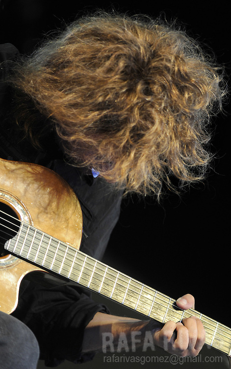 American jazz musician Pat Metheny performs during the Jazz Vitoria festival, on July 15, 2009, in the northern Spanish Basque city of Vitoria. PHOTO/Rafa Rivas