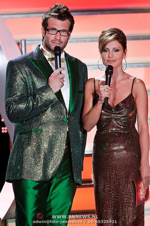DUI/Berlin/20100528 - Finale Let's Dance 2010, presentatoren Daniel Hartwich en Nazan Eckes