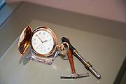 goldene Taschenuhr von A. Lange und Söhne, Glashütte,  Sachsen, Deutschland.|.golden watch by A. Lange and sons, Glashüte, Saxony, Germany