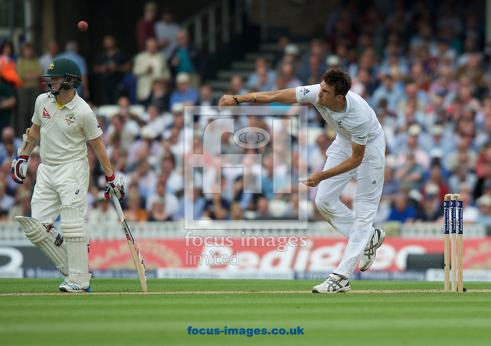 Steven Finn of England bowling during the 5th Investec Ashes Test Match match at the Kia Oval, London<br /> Picture by Alan Stanford/Focus Images Ltd +44 7915 056117<br /> 20/08/2015