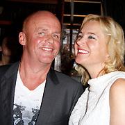 NLD/Hoorn/20111201- Boekpresentatie Sonja Bakker ' Winterslank ', Sonja Bakker en partner Jan Reus