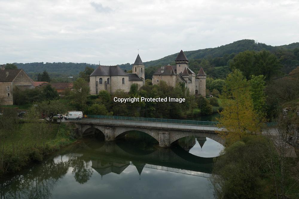 Cleron village in the Doubs, Cleron castle in the valley de la Loue