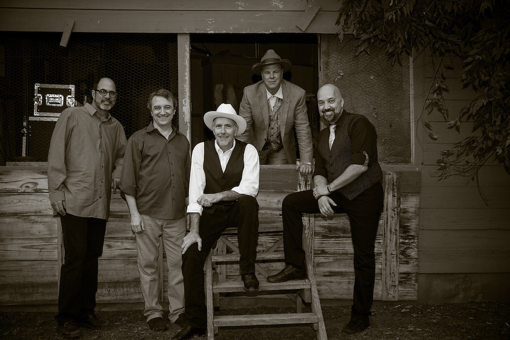 L-R Marty Muse, Rich Brotherton, Bill Whitbeck, Robert Earl Keen, and Tom Van Schaik at Gruene Hall in New Braunfels, Texas on October 10 2014.