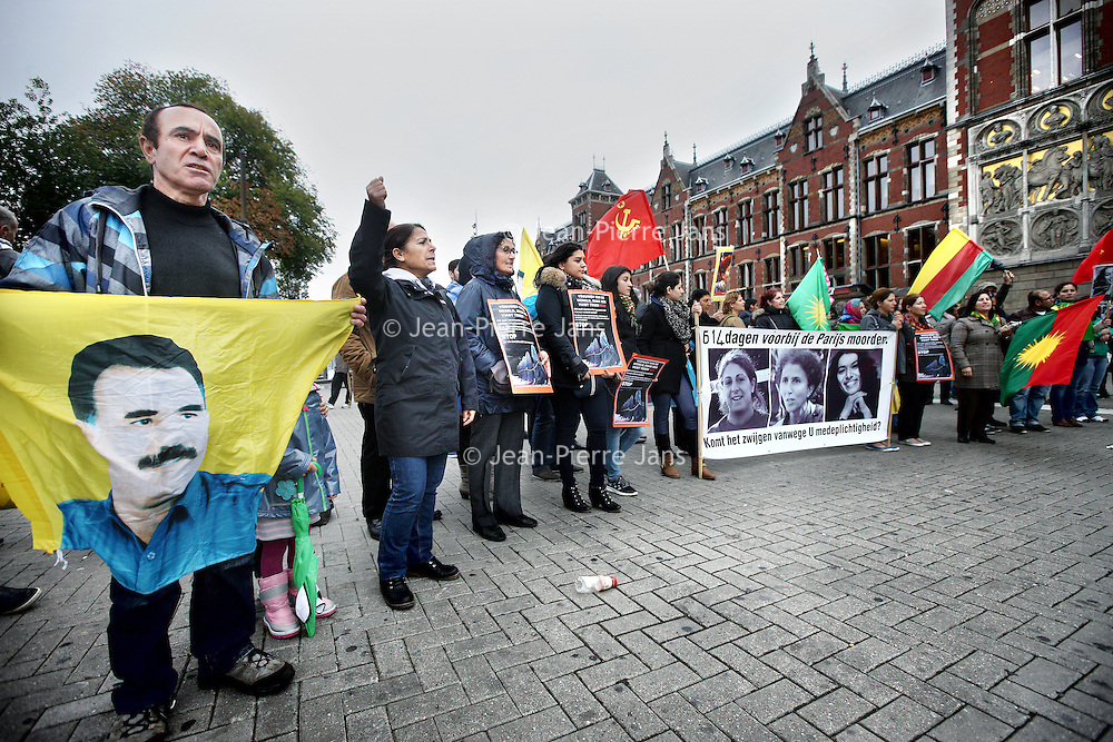 Jpj demonstratie koerden centraal station jean pierre for Demonstratie amsterdam