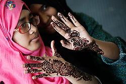 June 11, 2017 - Dhaka, Bangladesh - Women of Bangladeshi Social organization Dhakabashi arrange a Mehedi Fest at Dhaka to celebrate EID ul fitr which starts June 29th. (Credit Image: © Mehedi Hasan/NurPhoto via ZUMA Press)