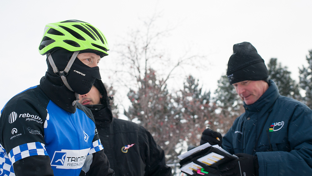 Patti Wolfe (Trinity Bikes) checking in with officials.  ©Brian Nelson