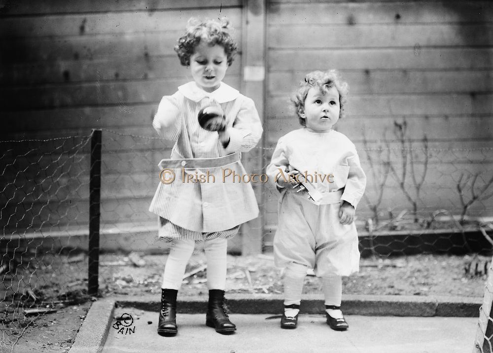Survivors of the loss of RMS Titanic: Michel and Edmond Navratil (aged 4 and 2), French brothers whose father died in the disaster of 12 April 1912, but who were identified and reunited with their mother.  Shipwreck