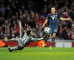 Bayern Munich's Arjen Robben sees his shot saved by Arsenal's Lukasz Fabianski - Photo mandatory by-line: Joe Meredith/JMP - Tel: Mobile: 07966 386802 19/02/2014 - SPORT - FOOTBALL - London - Emirates Stadium - Arsenal v Bayern Munich - Champions League - Last 16 - First Leg