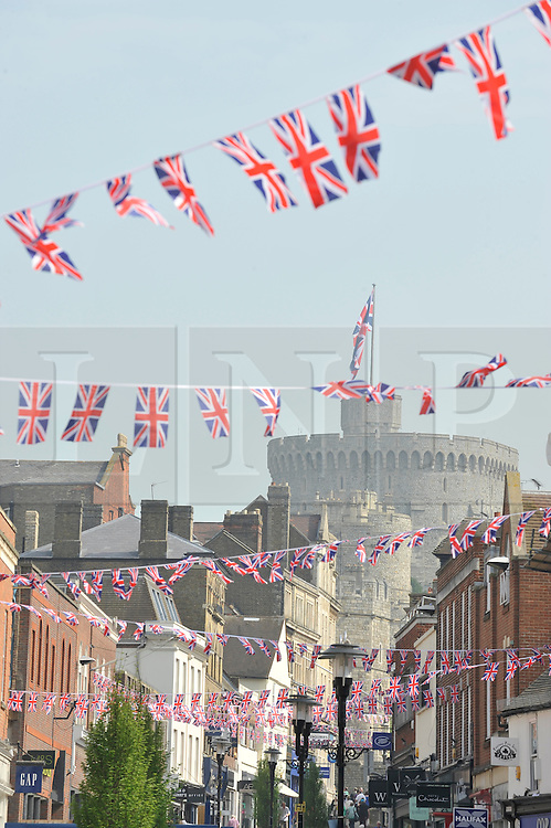 © licensed to London News Pictures. Windsor, UK  21/04/2011. Union Jack flag bunting has been put up in Windsor in preparation for the  forthcoming Royal Wedding of Prince William and Catherine Middleton on the 29th April 2011. See special instructions for usage rates. Photo credit should read Theodore Wood/LNP