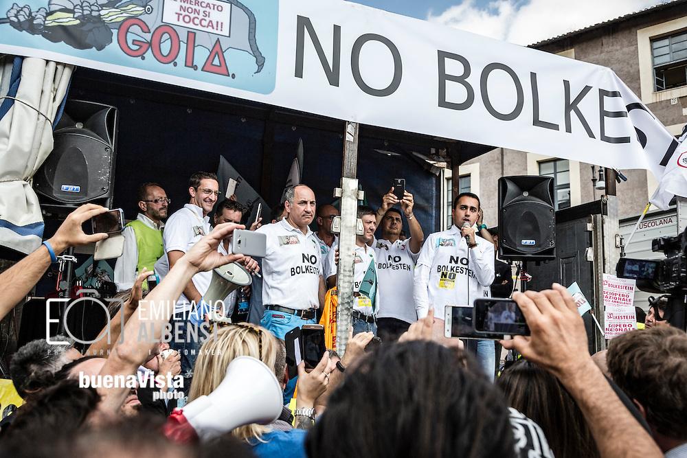 Emiliano Albensi<br /> 28/09/2016 Roma (Italia)<br /> Manifestazione &quot;No Bolkestein&quot; con Di Maio e Salvini<br /> Nella foto: Luigi Di Maio (M5S) sul palco della manifestazione organizzata dagli ambulanti di tutta Italia contro la direttiva Bolkestein, imposta dall'Unione Europea e che prevede la messa a bando delle licenze. <br /> <br /> Emiliano Albensi<br /> 28/092016 Rome (Italy)<br /> &quot;No Bolkestein&quot; Demonstration with Di Maio and Salvini<br /> In the picture: the vicepresident of Chamber of Deputies, Luigi Di Maio, on the stage of the demonstration organized by Italian peddlers against the Bolkestein directive, imposed by the European Union and according to which it will be issued a tender for all the Licenses.