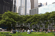 New York. Briant park on 42nd street  New York - United states /  Bryant park sur la 42 me rue  New York - Etats-unis