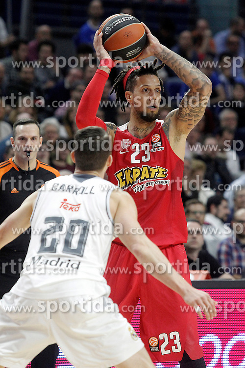 28.01.2016, Palacio de los Deportes, Madrid, ESP, FIBA, EL, Real Madrid vs Olympiacos PiraeusPlayoff, 5. Spiel, im Bild Olympimpiacos Piraeus' Daniel Hackett // during the 5th Playoff match of the Turkish Airlines Basketball Euroleague between Real Madrid and Olympiacos Piraeus at the Palacio de los Deportes in Madrid, Spain on 2016/01/28. EXPA Pictures &copy; 2016, PhotoCredit: EXPA/ Alterphotos/ Acero<br /> <br /> *****ATTENTION - OUT of ESP, SUI*****