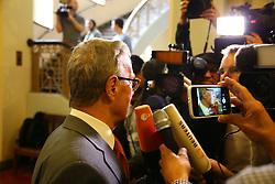 """Mündliche Verhandlung über die Unterlassungsklage des türkischen Präsidenten Erdogan gegen Böhmermann vor dem Hamburger Oberlandesgericht: Der Anwalt Michael-Hubertus von Sprenger <br /> <br /> / 021116<br /> <br /> *** Private prosecution trial Erdogan vs. Boehmermann for an """"insulting"""" poem at the Hamburg court; November 2nd, 2016 ***"""