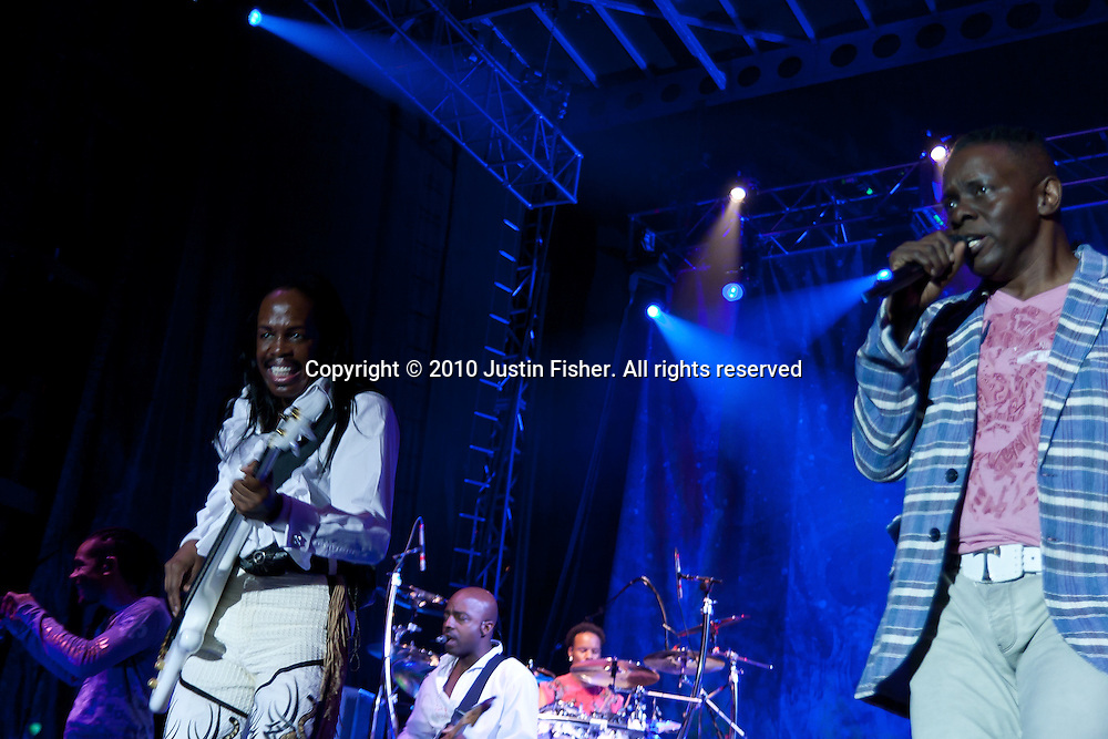Verdine White & Philip Bailey