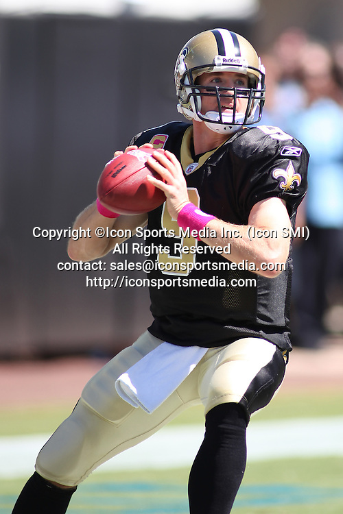 Oct. 2, 2011 - Jacksonville, Florida, United States of America - New Orleans Saints quarterback Drew Brees (9) in action against the Jacksonville Jaguars in the game at Everbank Field in Jacksonville, Florida. New Orleans won 23-10