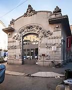 Milano, Lombardia, Italia. Stile liberty. Liberty style. Ex cinema Dumont (solo facciata), via Melzo
