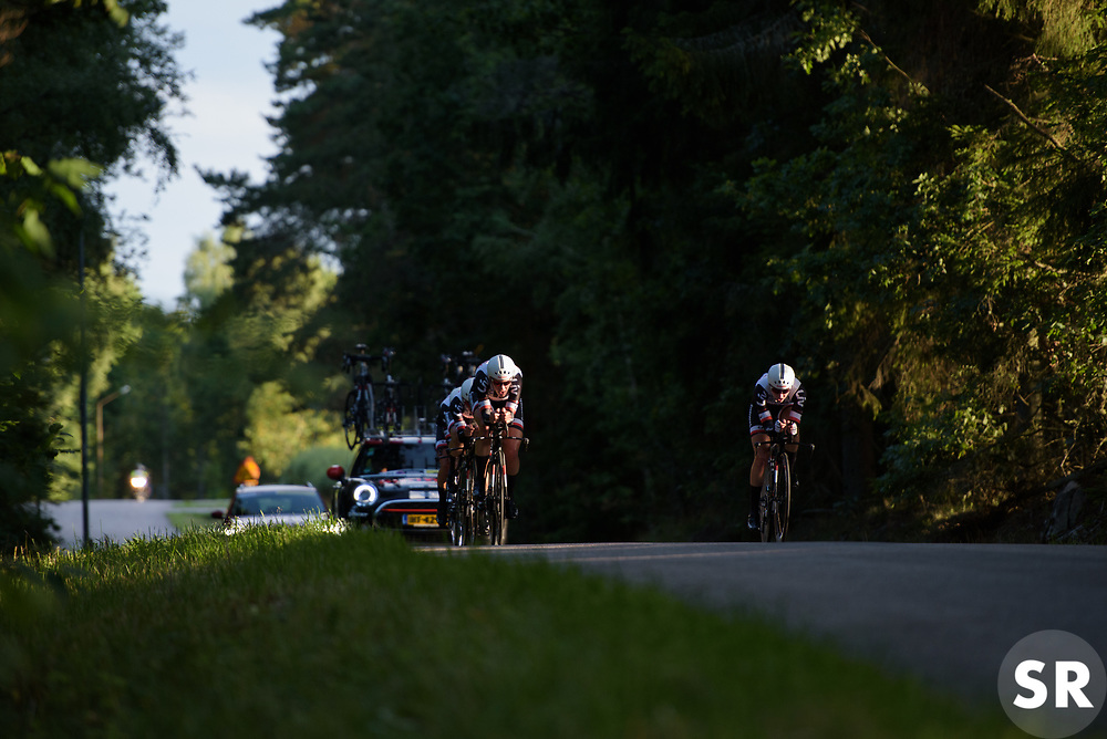 Ellen van Dijk leads the Sunweb train at the Crescent Vargarda - a 42.5 km team time trial, starting and finishing in Vargarda on August 11, 2017, in Vastra Gotaland, Sweden. (Photo by Sean Robinson/Velofocus.com)
