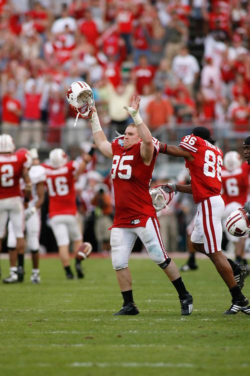 2007 CAPITAL ONE BOWL - Arkansas vs Wisconsin
