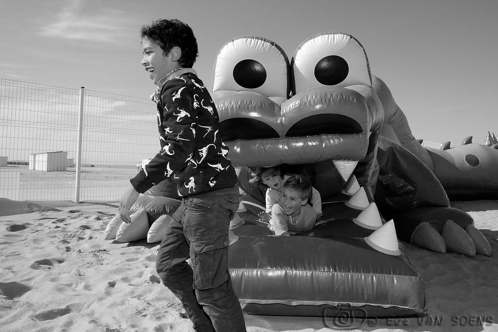 Adam à la mer à Knokke