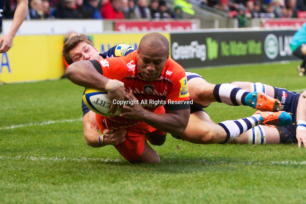 27.12.2014.  Sale, England.  Aviva Premiership. Sale Sharks versus Leicester Tigers. Leicester Tigers centre Anthony Allen scores a try.