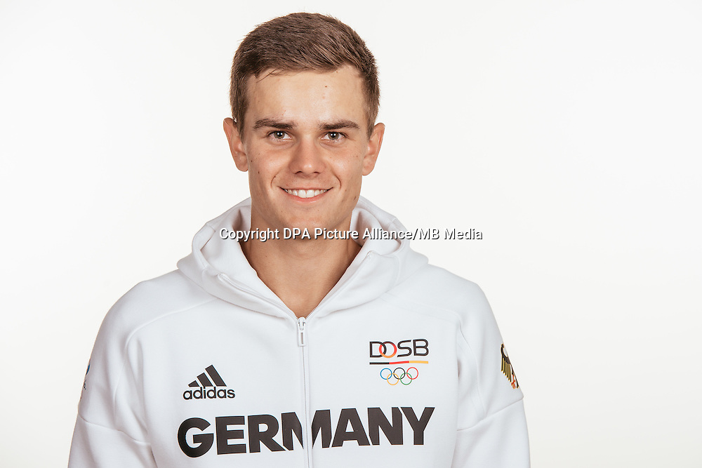 Nils Brembach poses at a photocall during the preparations for the Olympic Games in Rio at the Emmich Cambrai Barracks in Hanover, Germany, taken on 20/07/16 | usage worldwide